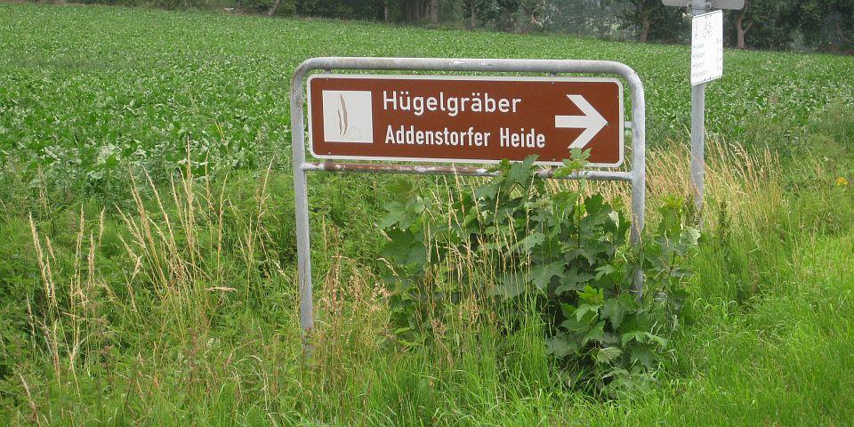 Wegweiser zur Addenstorfer Heide © Petra Hitz-Bergmann