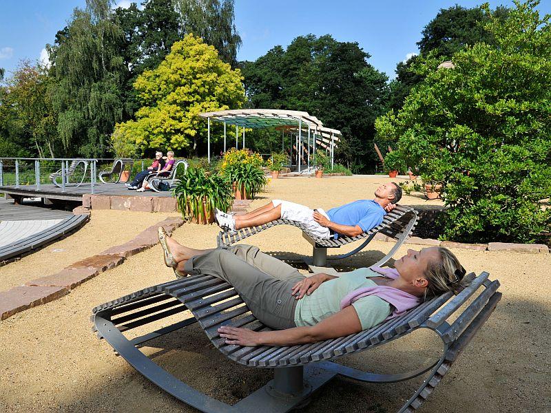 Erholung und Ruhe im Kurpark © BBM/image-foto.de